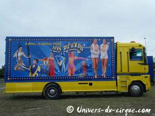 La tournée 2012 du Nouveau Cirque Jean Richard se poursuit à travers la France